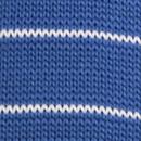 Strickkrawatte mit blauen Streifen